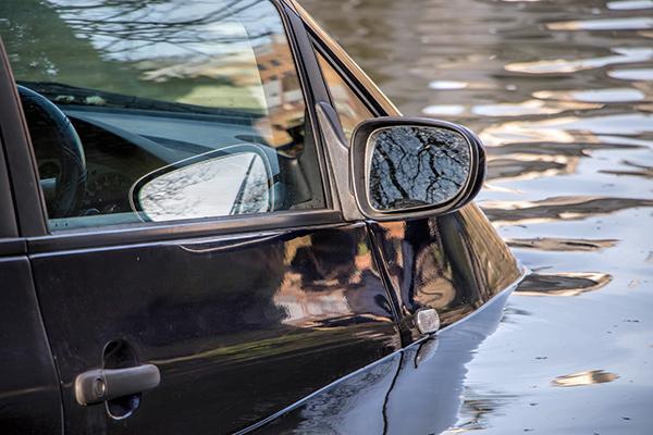น้ำท่วม รถจมน้ำ กับปัญหา ขายรถมือสอง ได้ไหม